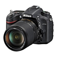 Nikon D7100 Kit 18-140mm (US)